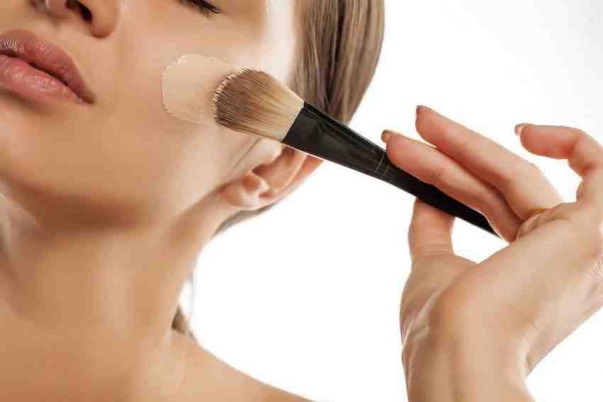 Quel fond de teint très couvrant pour cicatrice d'acné ?