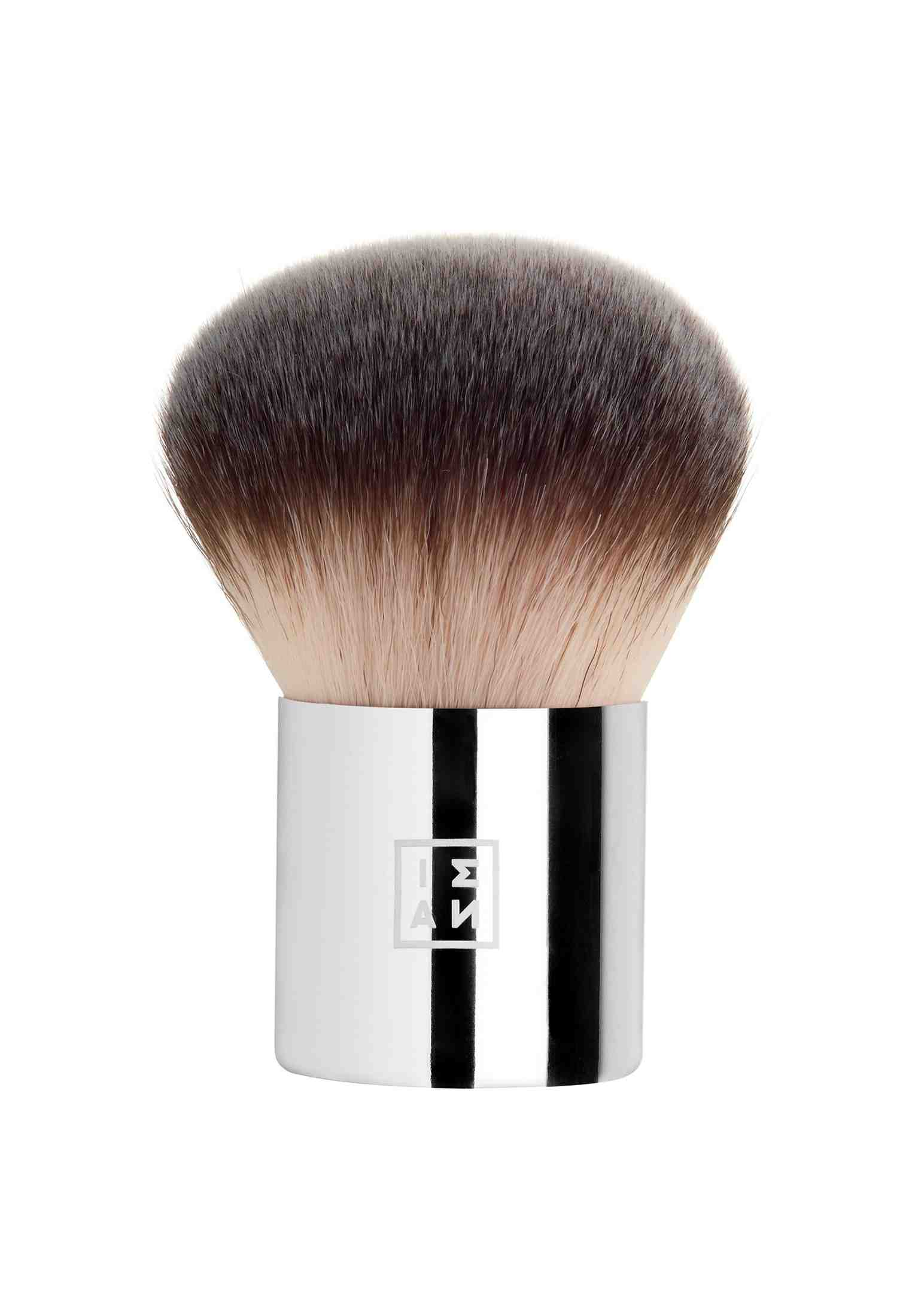Comment nettoyer ses pinceaux de maquillage naturellement ?